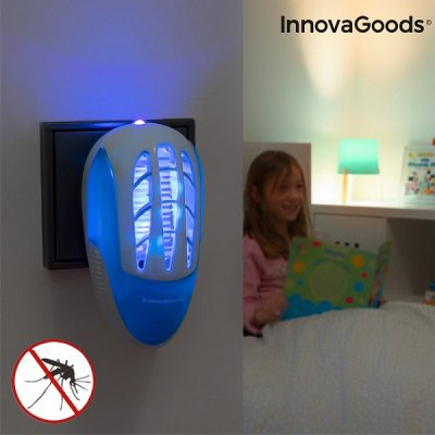InnovaGoods Lapač komárov do zásuvky s LED ultrafialovým svetlom