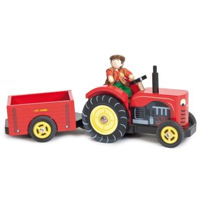 Traktor s prívesom a postavičkou Bertie