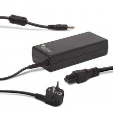 Univerzálny sieťový adaptér k laptopom s napájacím káblom