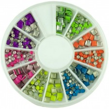 Ozdoby na nechty - 12 typov dekorácií