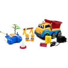 Nákladný automobil na diaľkové ovládanie + doplnky