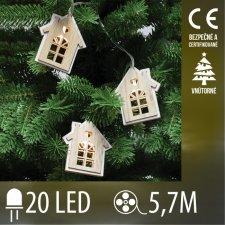 Vianočná LED svetelná reťaz vnútorná - drevené domčeky - 20LED - 5,7M Teplá Biela