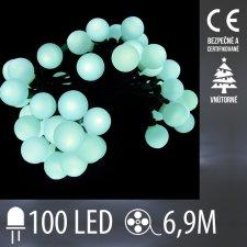 Vianočná LED svetelná reťaz vnútorná guľky - 100LED - 6,9M Studená biela